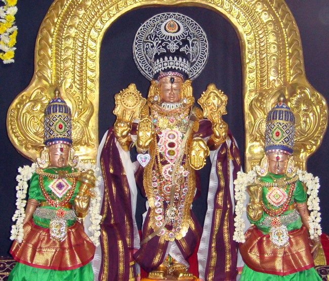Thirumangai Azhwar janma thirunakshatram at thiruvellukkai 2013-03
