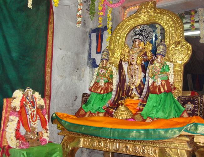 Thirumangai Azhwar janma thirunakshatram at thiruvellukkai 2013-04