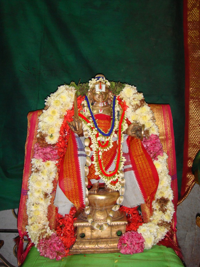 Thirumangai Azhwar janma thirunakshatram at thiruvellukkai 2013-06