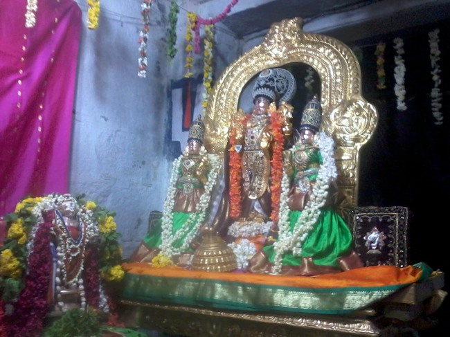 Thirumangai Azhwar janma thirunakshatram at thiruvellukkai 2013-12