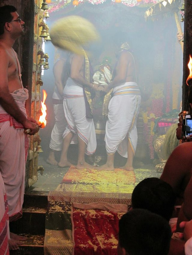 Nammazhwar Moksham at Thiruvahindrapuram Devanathan  Temple 2014 set -02_640x853