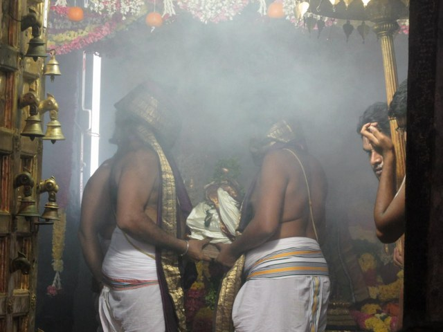 Nammazhwar Moksham at Thiruvahindrapuram Devanathan  Temple 2014 set -24_640x480
