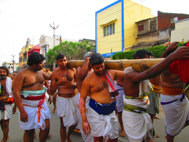 Srirangam Masi Theppotsavam Day 6 Morning 2014--21