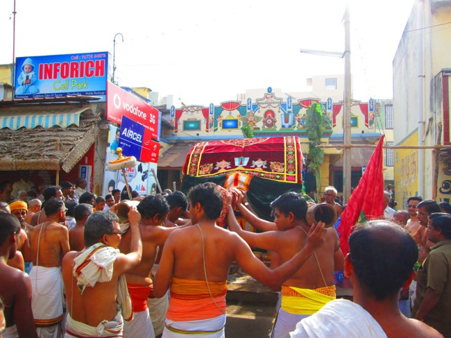 Srirangam Masi Theppotsavam Day 6 Morning 2014--33