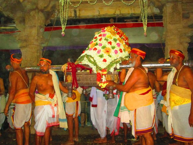 4th may 14 srngm poochathu utsavam (40)