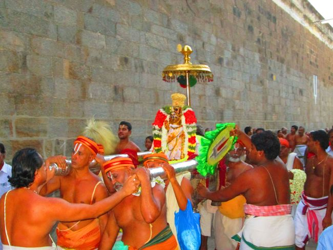 4th may 14 srngm poochathu utsavam (8)
