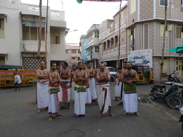 Mylapore SVDD Srinivasa Perumal  May 30,2014 Vaigasi Maasam Bhrahmotsavam Dwajarohanam and DAY 1 morning CHAPARAM 33