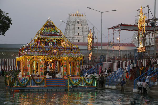 Thiruchanoor Theppotsavam5