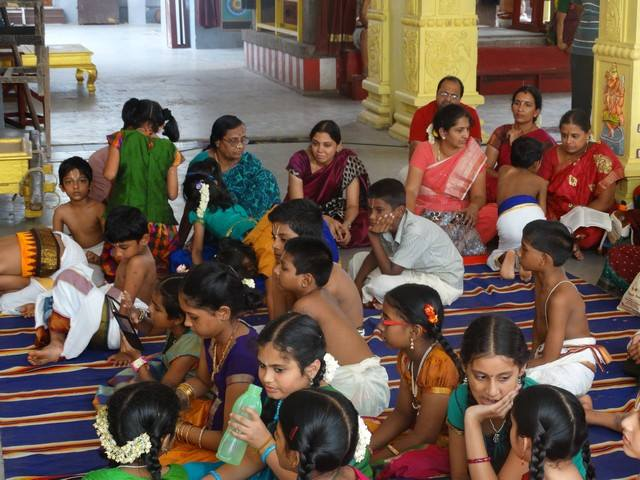 Mylapore SVDD Sri Srinivasa Perumal Temple Desika Prabandham And Stothram Competition For Children  07-09-2014  04