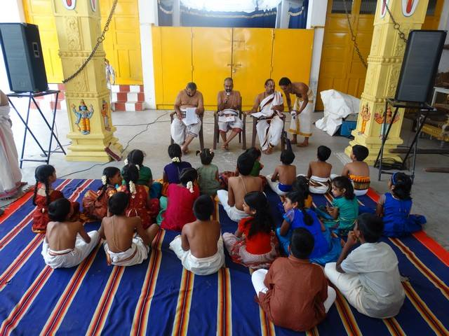 Mylapore SVDD Sri Srinivasa Perumal Temple Desika Prabandham And Stothram Competition For Children  07-09-2014  05