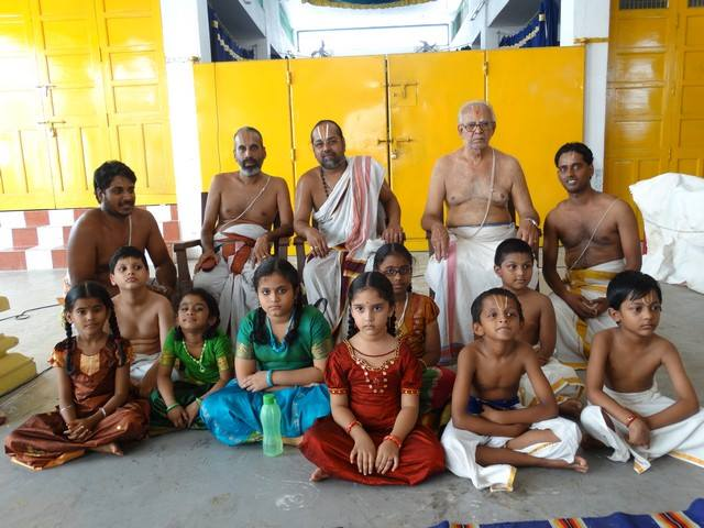 Mylapore SVDD Sri Srinivasa Perumal Temple Desika Prabandham And Stothram Competition For Children  07-09-2014  09