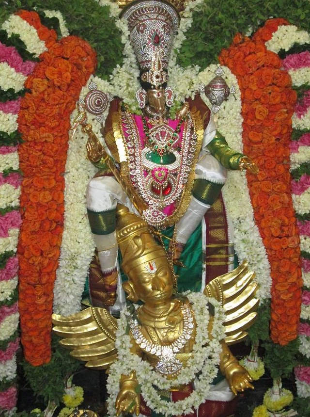 Pondicherry Hayagreevar Sannadhi Day 4 Garuda Sevai 2014 23
