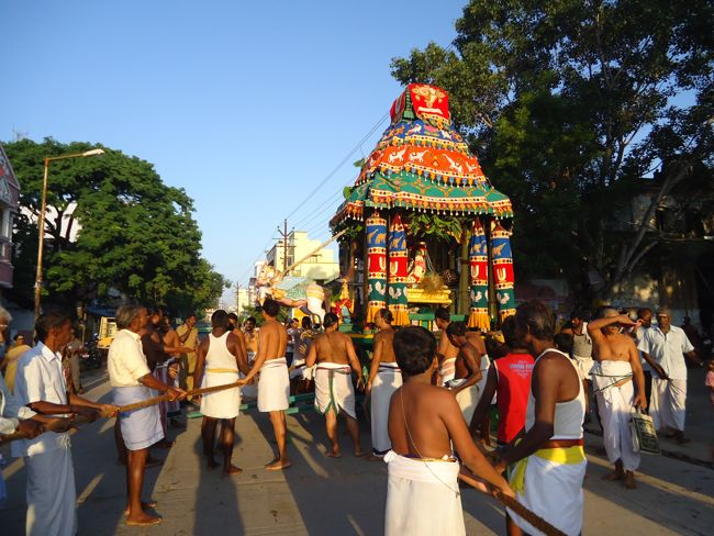 swami desikan thiruther 30 sep 14 7 to 10am(10)