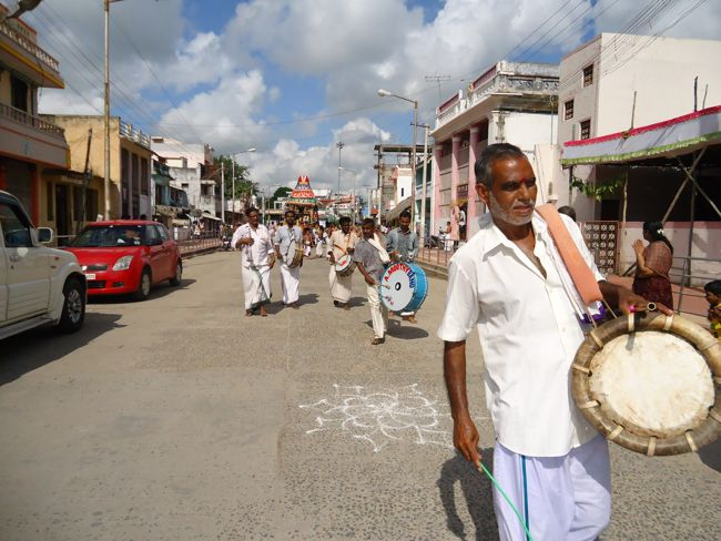 swami desikan thiruther 30 sep 14 7 to 10am(25)