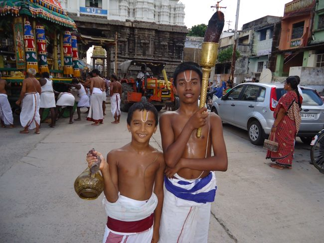 swami desikan thiruther 30 sep 14 7 to 10am(35)
