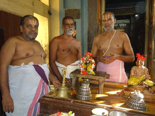 25th dec 14 maasa thirunatchathiram swami desikan  (3)