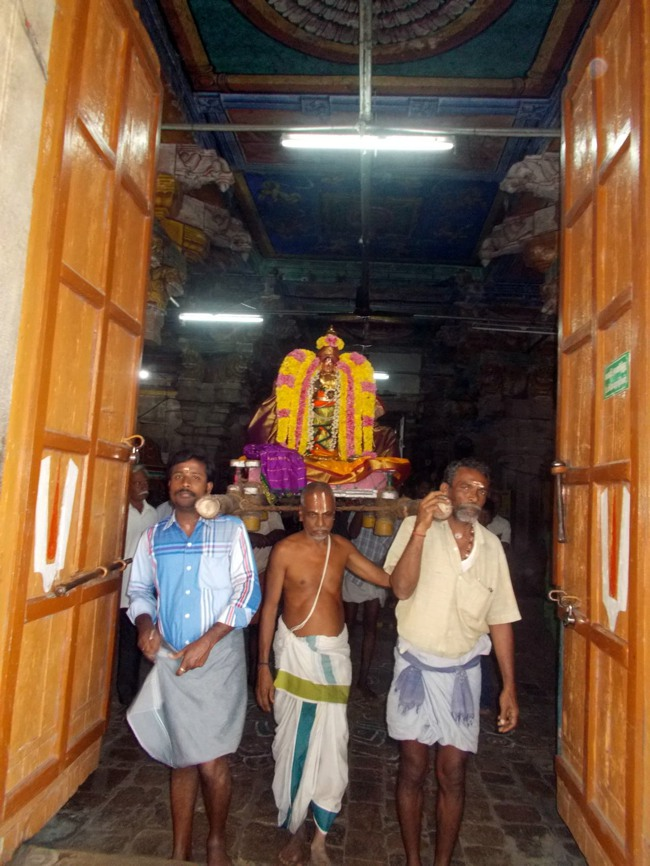 Thirukannamangai Sri Bhakthavatsala Perumal Pagal Pathu day 6-2014-01