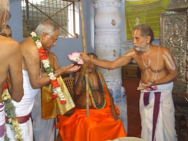 9th feb 15 - sri tvs md and srimath azhagiyasingar (9)