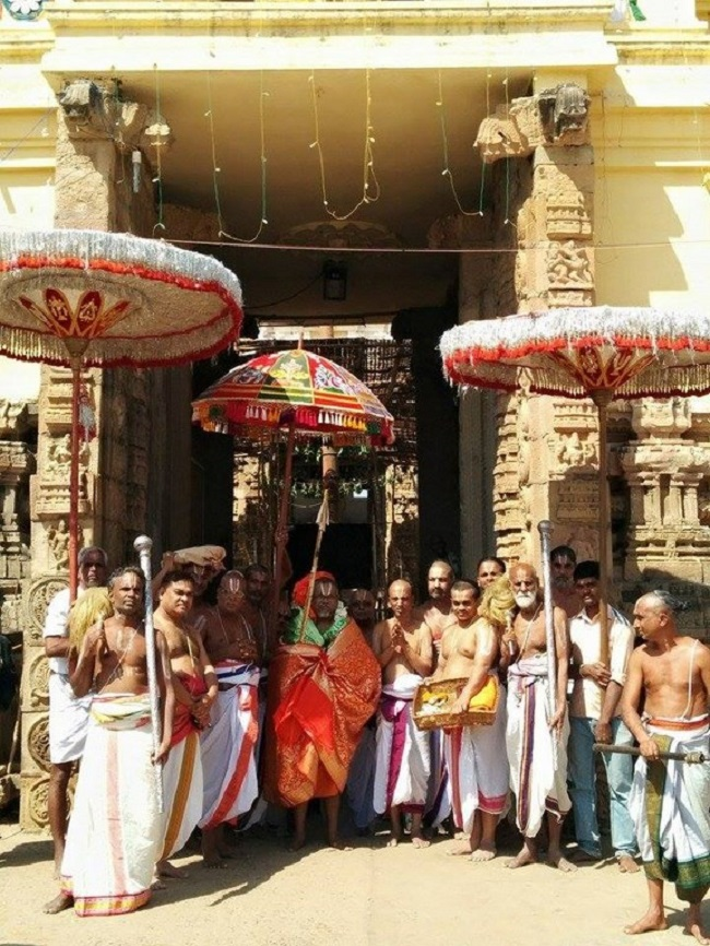HH 46th Srimath Azhagiyasingar Mangalasasanam At Lower Ahobilam Sri Prahaladavardan Temple13