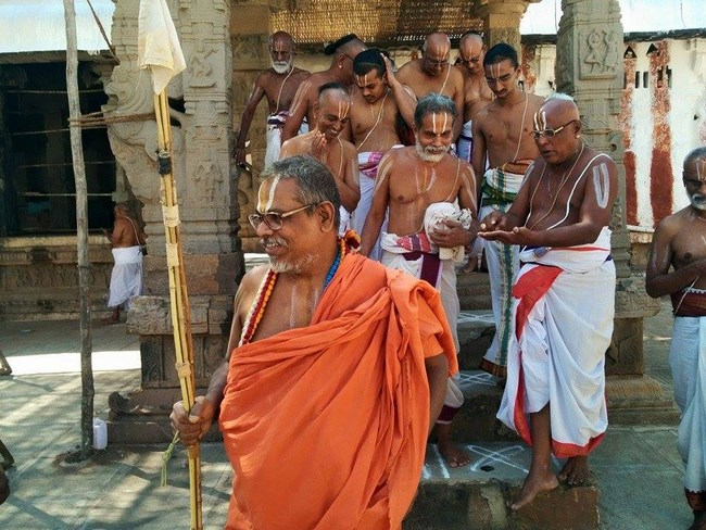 HH 46th Srimath Azhagiyasingar Mangalasasanam At Lower Ahobilam Sri Prahaladavardan Temple16