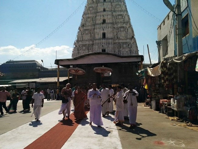 HH 46th Srimath Azhagiyasingar Mangalasasanam At Thiruchanoor Sri Padmavathi Thayar Temple1