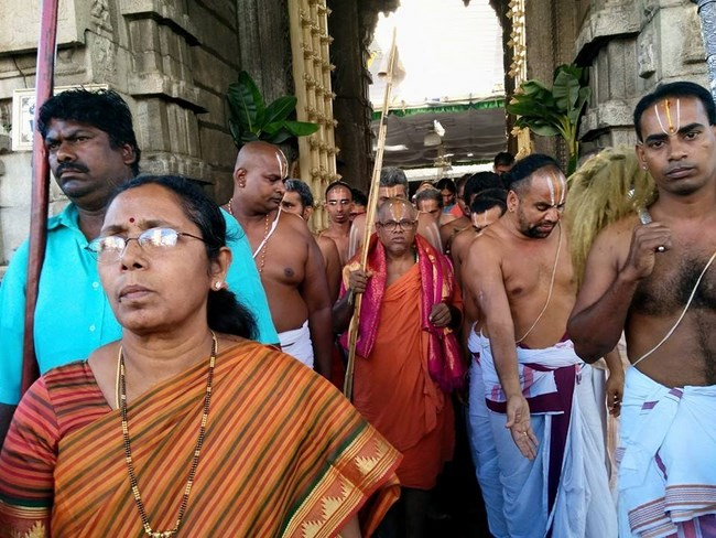 HH 46th Srimath Azhagiyasingar Mangalasasanam At Thiruchanoor Sri Padmavathi Thayar Temple4