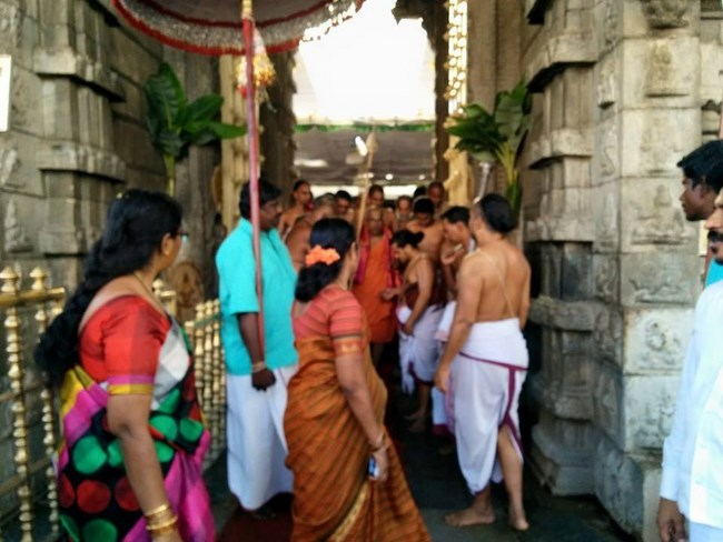 HH 46th Srimath Azhagiyasingar Mangalasasanam At Thiruchanoor Sri Padmavathi Thayar Temple7