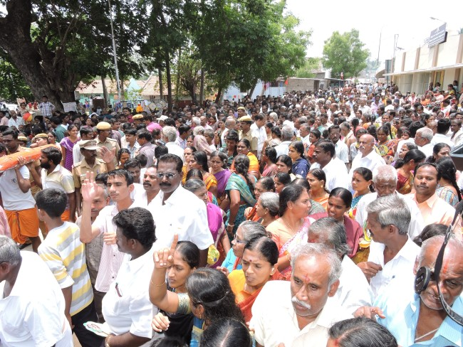 2nd may 15 - 11.30 to 12.30 - uthamar koil thiruther utsavam (39)