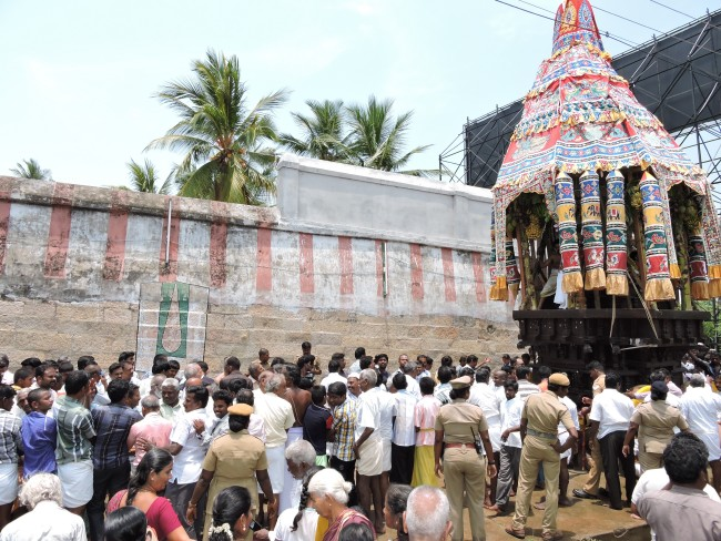 2nd may 15 - 11.30 to 12.30 - uthamar koil thiruther utsavam (63)