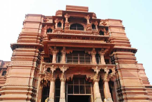 The-Seven-Original-Temples-Of-Vrindavan-And-Their-Founder_00