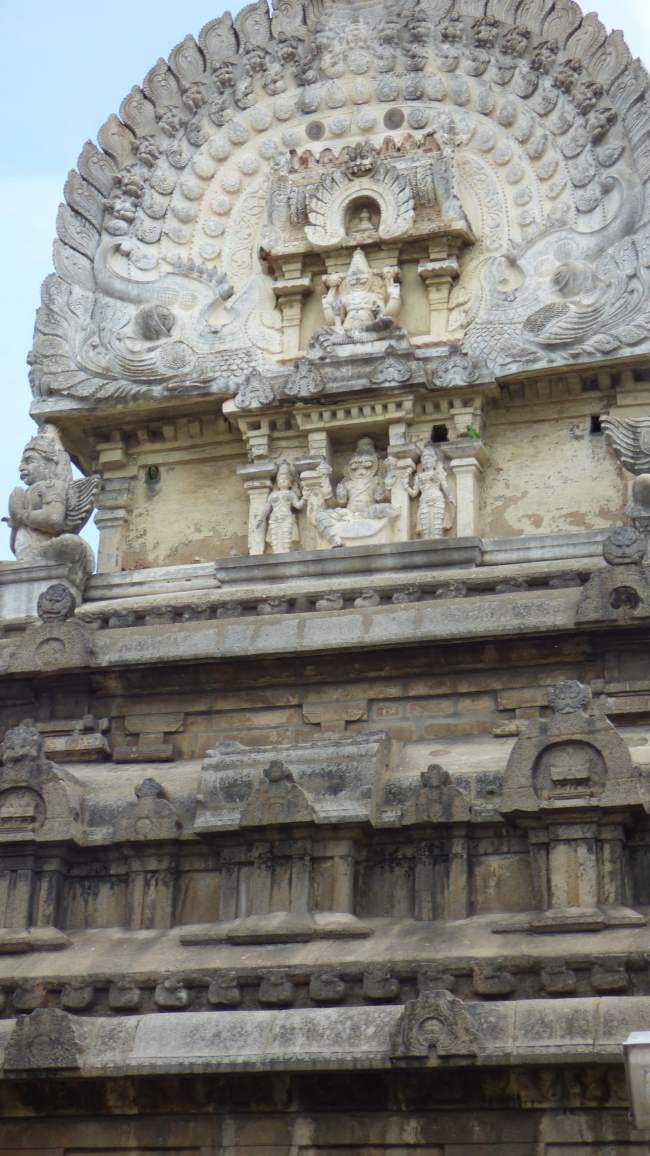 nagereshu-kanchi-pandava-dhootha-perumal-temple-travalogue-015