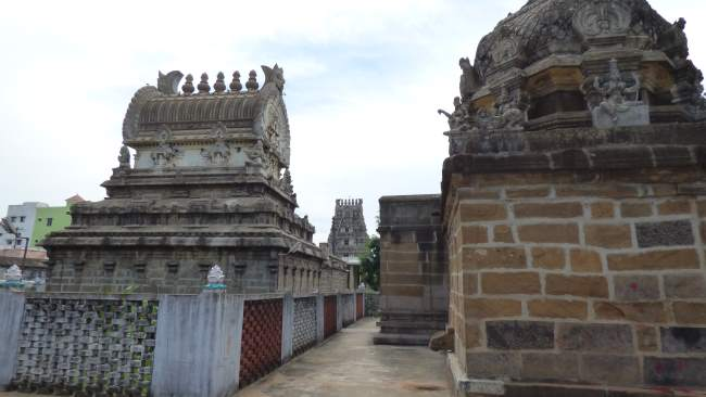 nagereshu-kanchi-pandava-dhootha-perumal-temple-travalogue-017