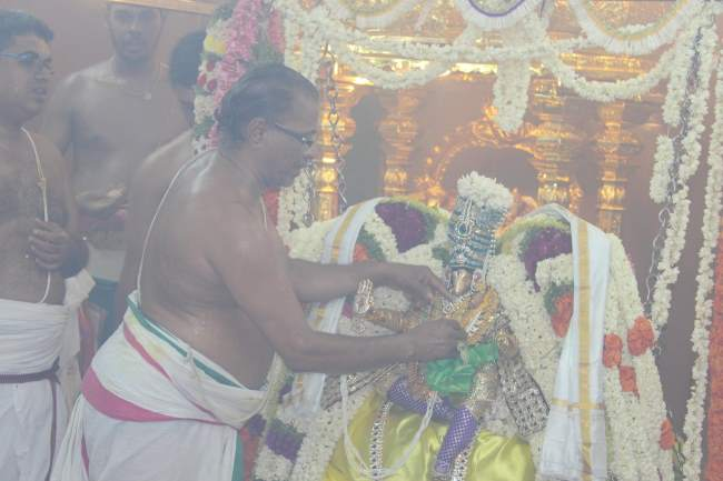 pondicherry-sri-hayagreevan-sannadhi-brahmotsavam-day-6-2016001