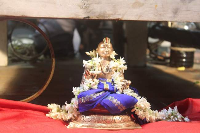 pondicherry-sri-hayagreevar-sannadhi-brahmotsavam-day-5-2016004
